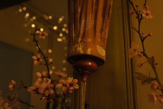 Dès l'entrée, les lampions prennent le pouvoir...