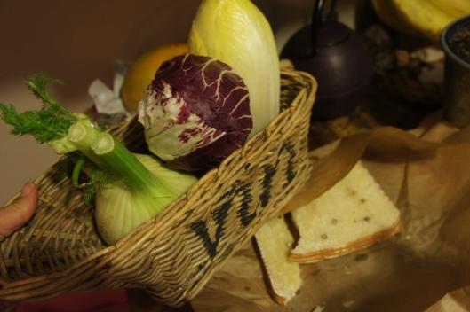 ... un autre une salade d'hiver composée de Trévise, fenouil, endives et pecorino peppato...