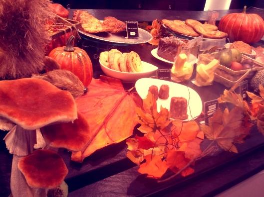Hier, dans une pâtisserie-boulangerie, l'Automne s'est invité...