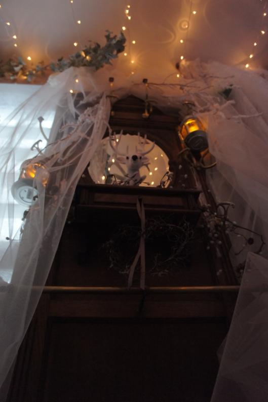 Je voulais que la décoration submerge les invités une fois le seuil franchi.