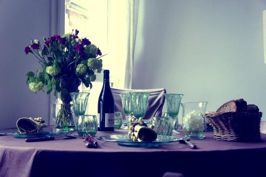 Le repas est presque prêt, le vin s'invite à table...